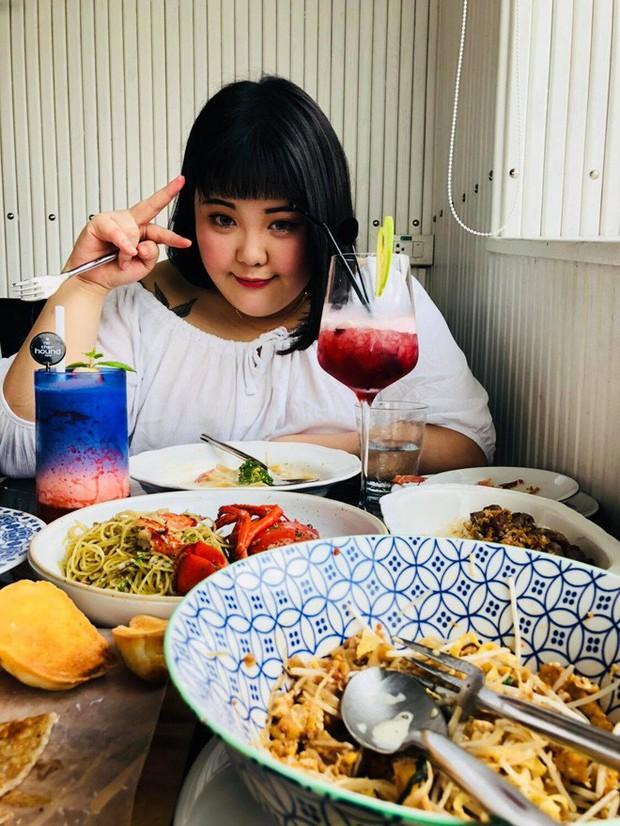 Nàng mập triệu view Hàn Quốc ghé thăm Việt Nam, thích thú thưởng thức phở và gỏi cuốn - Ảnh 3.