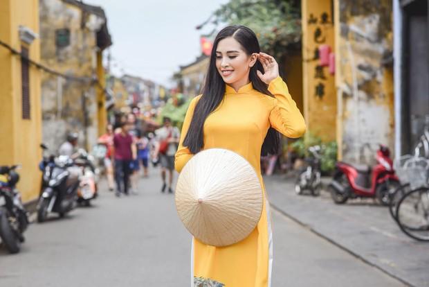 Trần Tiểu Vy đi thi hoa hậu vì được Hoa hậu Ngọc Hân thuyết phục - Ảnh 3.