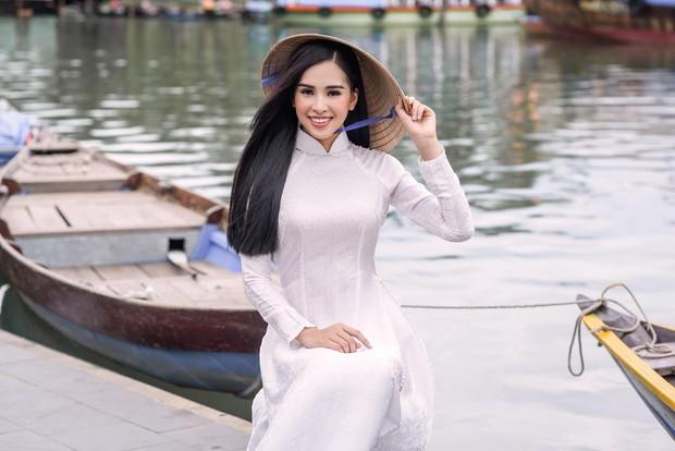 Trần Tiểu Vy đi thi hoa hậu vì được Hoa hậu Ngọc Hân thuyết phục - Ảnh 5.