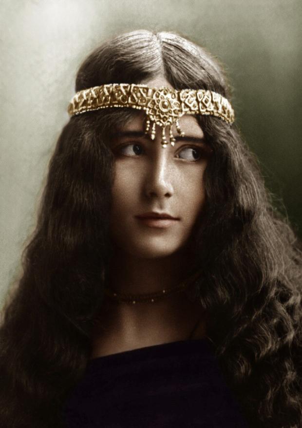 Ngắm loạt ảnh có niên đại hơn trăm năm tuổi để biết phụ nữ thời xưa đẹp đến thế nào - Ảnh 3.