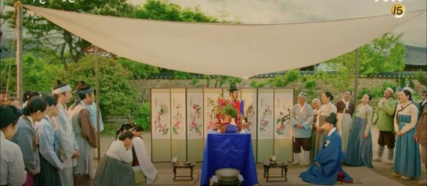 Lang Quân 100 Ngày D.O. (EXO) hoảng loạn vì bị tân nương Nam Ji Hyun cởi áo động phòng - Ảnh 8.