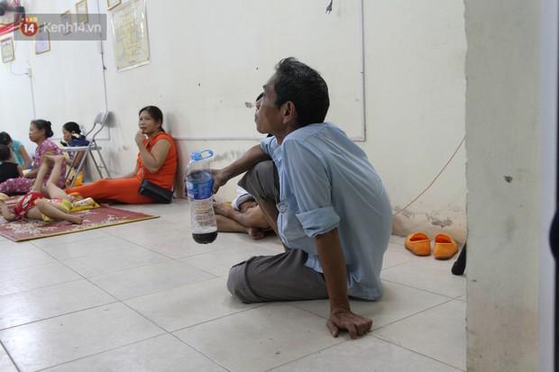Cuộc sống tạm bợ của bệnh nhân sau vụ cháy gần Viện Nhi: Tiền tích cóp để chữa trị cháy rụi cùng giấy tờ, thuốc men - Ảnh 5.