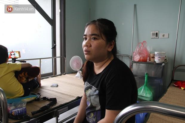 Cuộc sống tạm bợ của bệnh nhân sau vụ cháy gần Viện Nhi: Tiền tích cóp để chữa trị cháy rụi cùng giấy tờ, thuốc men - Ảnh 12.