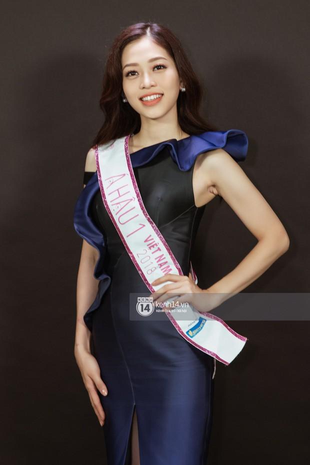 Ngắm Hoa hậu Trần Tiểu Vy sắc sảo bên cạnh Á hậu Phương Nga và Thúy An - Ảnh 9.