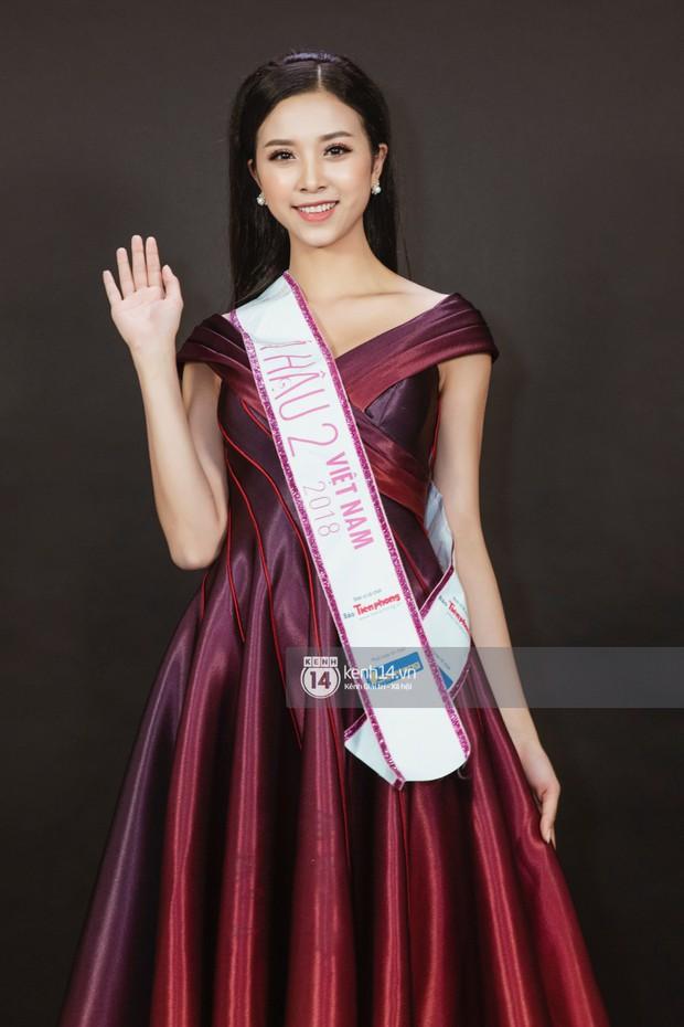 Ngắm Hoa hậu Trần Tiểu Vy sắc sảo bên cạnh Á hậu Phương Nga và Thúy An - Ảnh 11.