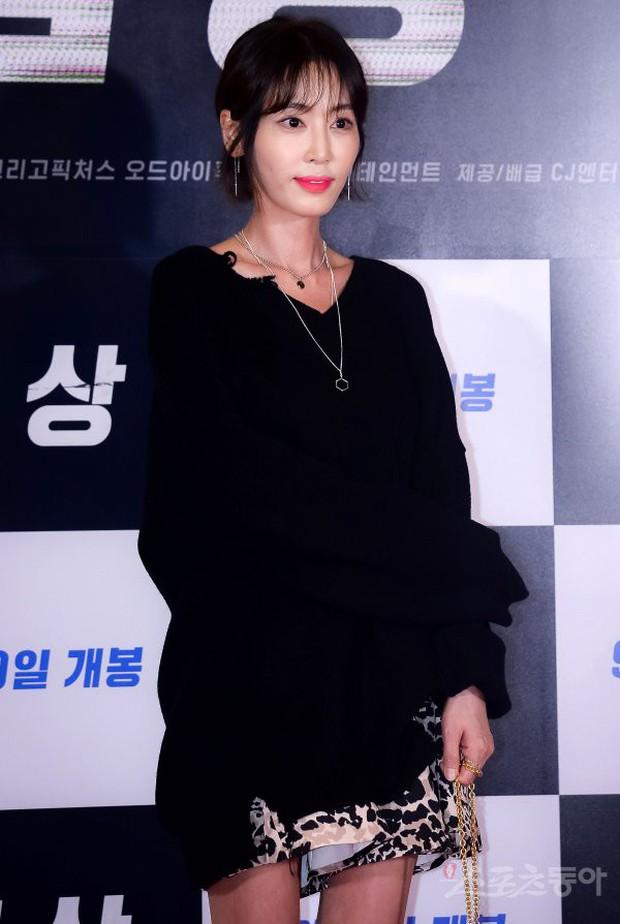 Sự kiện hội tụ dàn sao siêu VIP: Yoona và Park Shin Hye đọ sắc, Jung Hae In bí xị vì Son Ye Jin cặp với Hyun Bin? - Ảnh 31.