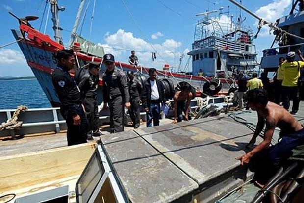 Thái Lan công bố kế hoạch tiêu hủy các tàu đánh bắt cá bất hợp pháp - Ảnh 1.