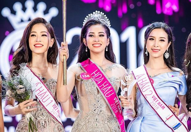 Hoa hậu Trần Tiểu Vy được báo Trung Quốc khen ngợi - Ảnh 4.