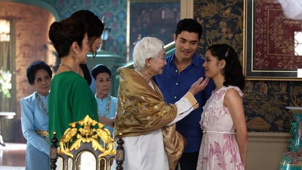 """Từ """"Crazy Rich Asians"""", học được nguyên một bộ bí kíp chinh phục mẹ chồng khó tính - Ảnh 9."""