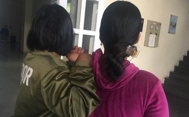 Cà Mau: Người mẹ đau đớn khi con gái 13 tuổi nghi bị ông già 65 tuổi hiếp dâm đến có thai - Ảnh 1.