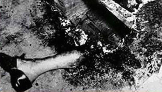 Vụ án bí ẩn thách thức khoa học suốt 70 năm qua: Người phụ nữ cháy rụi thành tro bụi bên trong căn hộ gần như nguyên vẹn - Ảnh 4.