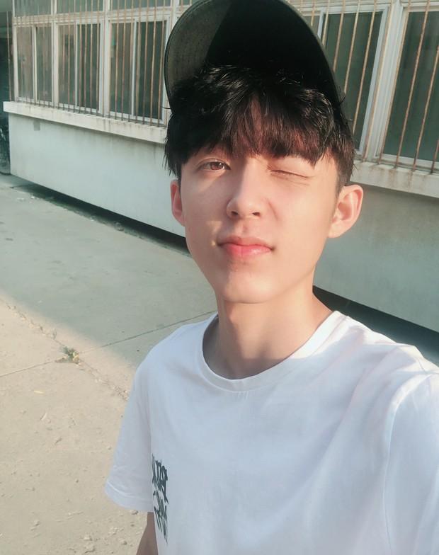 Nam thần mới làng bóng rổ Trung Quốc: 19 tuổi cao 1m99, vô cùng điển trai - Ảnh 5.
