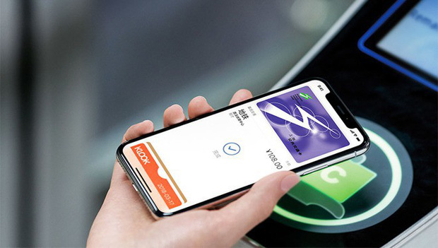 iPhone XS và XR có thể hoạt động ngay cả khi đã cạn sạch pin: Tưởng giỡn hóa ra đúng thật! - Ảnh 2.