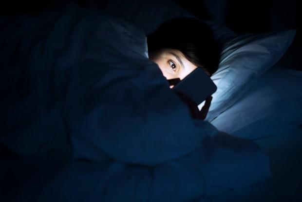 Những thói quen xấu khiến bạn nhanh mệt mỏi, kiệt sức trong dịp nghỉ lễ 2/9 - Ảnh 7.