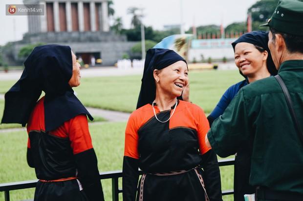Xúc động lễ chào cờ thiêng liêng nhất trong năm tại Quảng trường Ba Đình lịch sử - Ảnh 7.