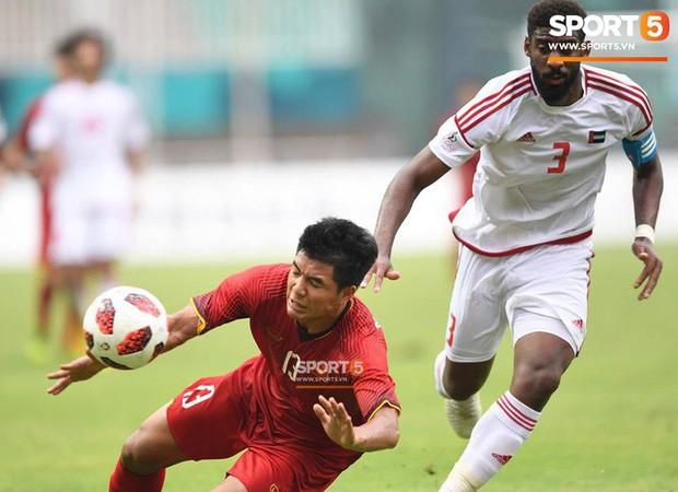 Fan Hàn Quốc thất vọng, gọi trọng tài bắt chính trận Việt Nam và UAE là nỗi xấu hổ - Ảnh 2.