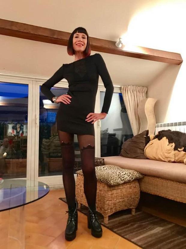 70 tuổi nhưng người phụ nữ này sở hữu body cực chuẩn, cực sexy và bí kíp được tiết lộ khiến ai cũng giật mình - Ảnh 1.