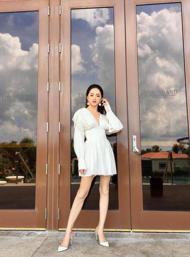 Lên đồ cho show Lâm Gia Khang, Kaity Nguyễn không ngờ mình đụng hàng luôn Hương Giang, Võ Hoàng Yến - Ảnh 3.