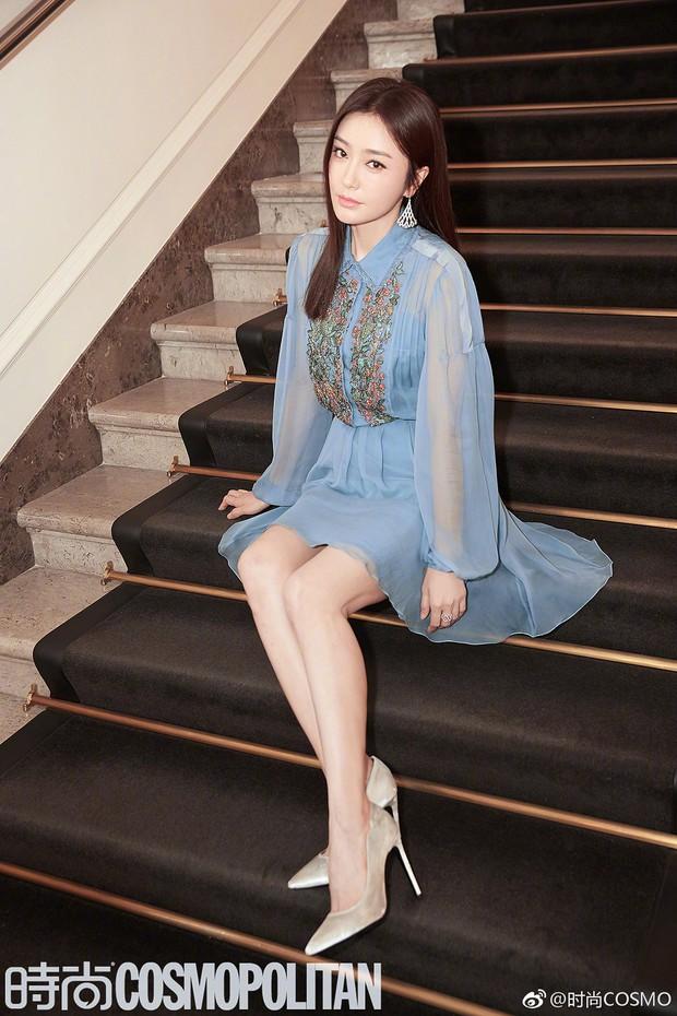 """Tần Lam và Vương Viện Khả bất ngờ tái ngộ tại Milan Fashion Week: """"Phú Sát Hoàng hậu"""" đẹp xuất sắc, lấn át cả """"Thuần Phi"""" - Ảnh 4."""