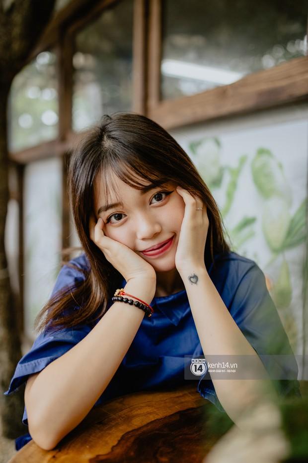 Hot streamer Linh Ngọc Đàm: Mình sống thoải mái với nghề, chu cấp cho bố mẹ và nuôi 2 em - Ảnh 1.