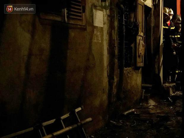Phát hiện phần thi thể trong vụ cháy dãy trọ cạnh viện nhi Trung ương - Ảnh 9.