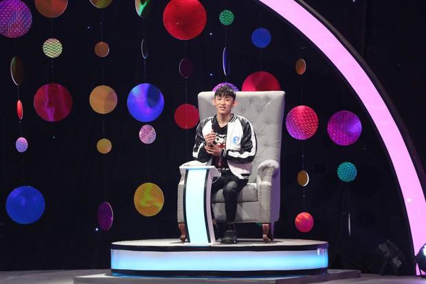 Cao Ngân nghi ngờ giới tính của Hoàng Tôn trong show hẹn hò Mảnh ghép tình yêu - Ảnh 4.