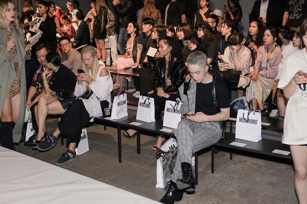 Vốn nhẵn mặt tại fashion week, lần này Kelbin Lei lại ngồi hàng ghế đầu của Moschino và Armani - Ảnh 3.