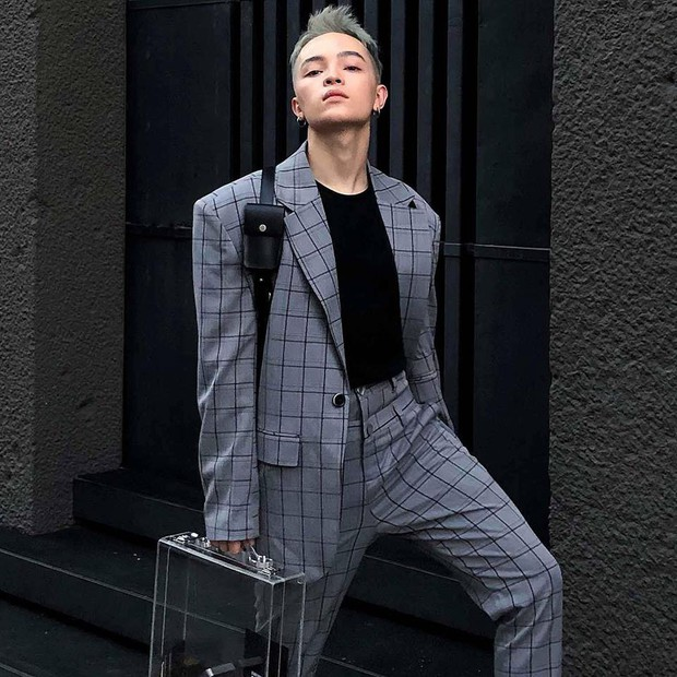 Vốn nhẵn mặt tại fashion week, lần này Kelbin Lei lại ngồi hàng ghế đầu của Moschino và Armani - Ảnh 2.