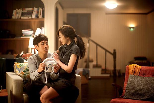 Trương Thanh Long hấp dẫn hơn Ryu Seung Ryong nhưng Hoàng Yến Chibi có qua nổi Im Soo Jung trong All About My Wife bản Việt? - Ảnh 11.
