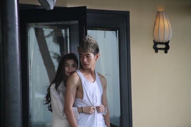 Trương Thanh Long hấp dẫn hơn Ryu Seung Ryong nhưng Hoàng Yến Chibi có qua nổi Im Soo Jung trong All About My Wife bản Việt? - Ảnh 10.