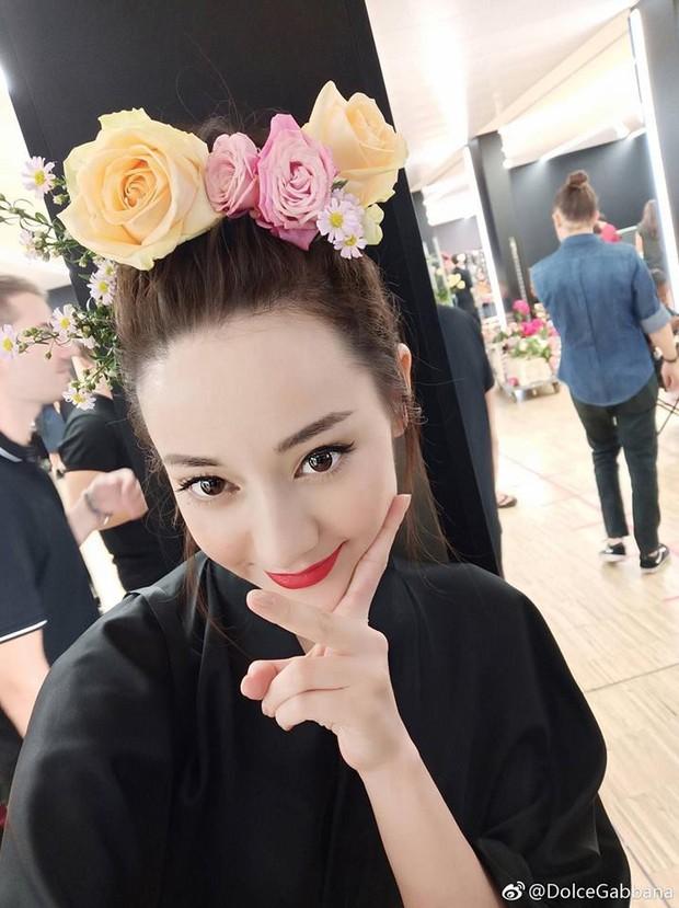 4 nữ thần Địch Lệ Nhiệt Ba, Jessica Jung, Mai Davika, Ayaka Miyoshi catwalk làm náo loạn sàn diễn của Dolce&Gabbana - Ảnh 9.