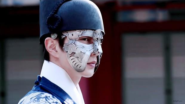 Nhan sắc chói chang của 5 Thế tử nhà mặt phố, bố làm to nổi tiếng màn ảnh Hàn - Ảnh 5.