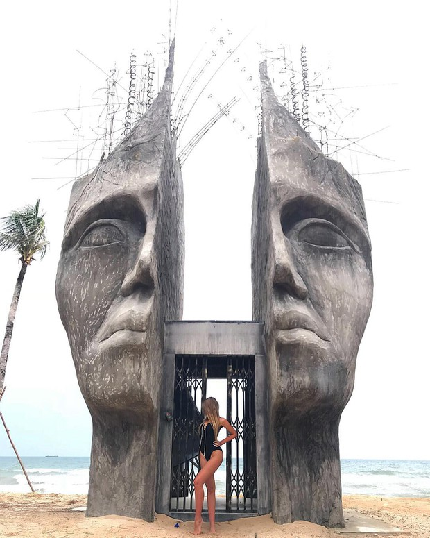 Travel blogger quốc tế lũ lượt check-in cổng trời đẹp miễn chê, bất ngờ là nó ở ngay tại Phú Quốc! - Ảnh 2.