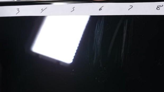 Thử nghiệm tra tấn iPhone XS Max: Apple đã chém gió về tấm kính bảo vệ màn hình? - Ảnh 2.