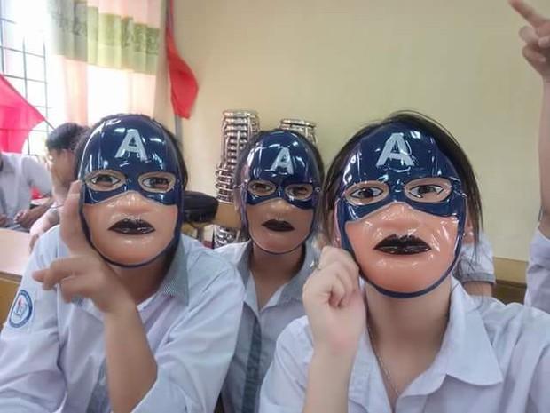 Trung Thu, cả lớp đeo mặt nạ Tôn Ngộ Không creepy dọa dân mạng - Ảnh 3.