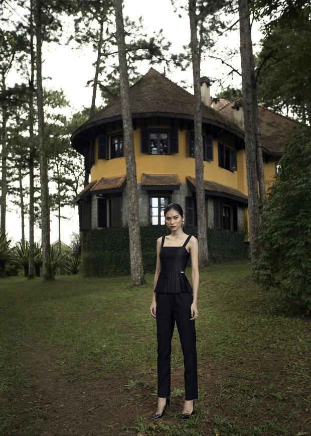 "Kim Dung Next Top đầy ma mị trong BST ""Le Jardin Sauvage"" của DECOS - Ảnh 4."