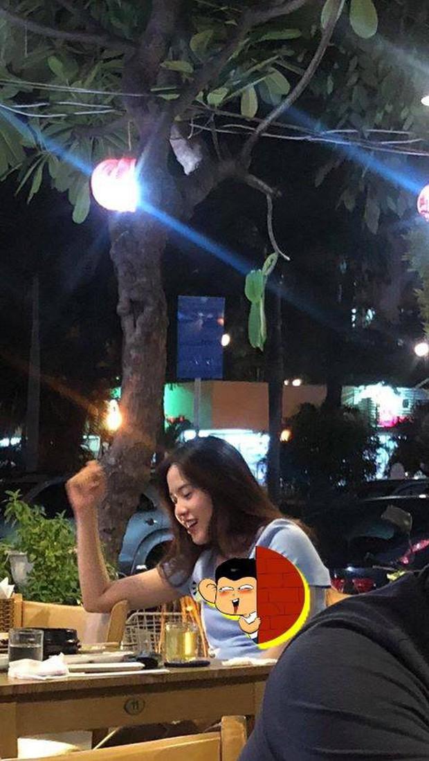 Ngày đám cưới Trường Giang, Nam Em buồn bã ngồi hát linh tinh giữa đêm - Ảnh 1.