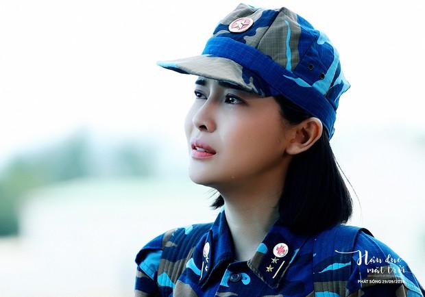Hậu Duệ Mặt Trời bản Việt trước ngày lên sóng: Ảnh trang phục quân nhân vừa được tiết lộ - Ảnh 8.