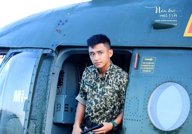 Hậu Duệ Mặt Trời bản Việt trước ngày lên sóng: Ảnh trang phục quân nhân vừa được tiết lộ - Ảnh 5.