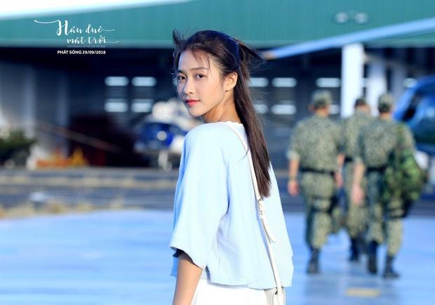 Hậu Duệ Mặt Trời bản Việt trước ngày lên sóng: Ảnh trang phục quân nhân vừa được tiết lộ - Ảnh 9.