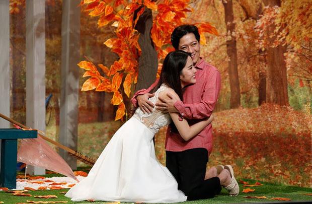 Ngày đám cưới Trường Giang, Nam Em buồn bã ngồi hát linh tinh giữa đêm - Ảnh 2.