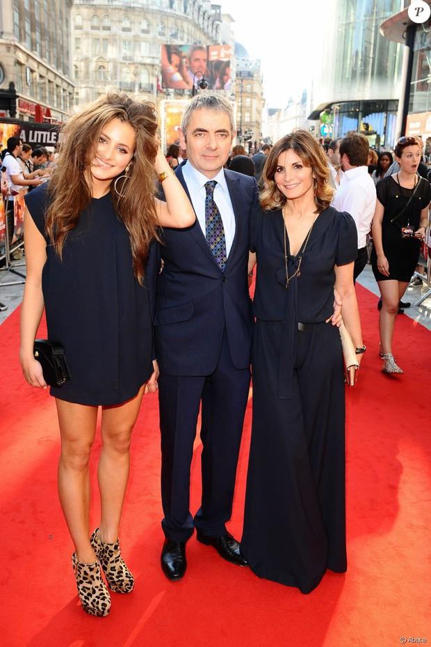 Xinh đẹp và đầy tiềm năng nhưng ái nữ của Mr. Bean lại kém duyên với màn ảnh - Ảnh 3.
