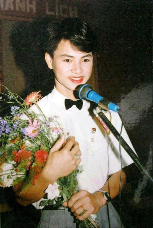 """Ngắm ảnh thời thơ ấu của sao Việt: người đáng yêu, người gây bất ngờ với ngoại hình """"hai lúa"""" - Ảnh 5."""