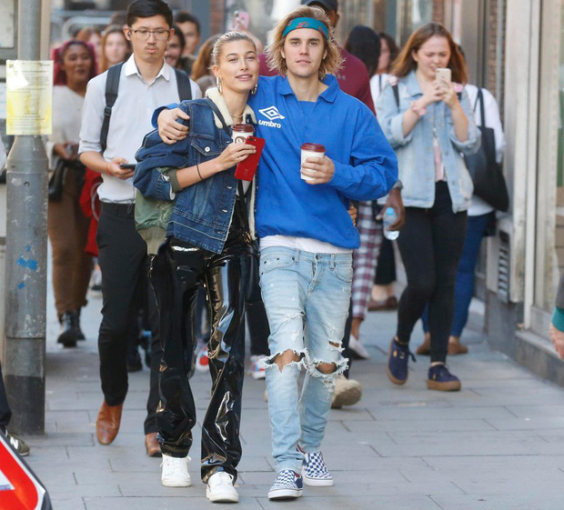 Justin Bieber và Hailey Baldwin bị bắt gặp đứng xem đám cưới người khác trước khi tổ chức hôn lễ của chính mình - Ảnh 5.