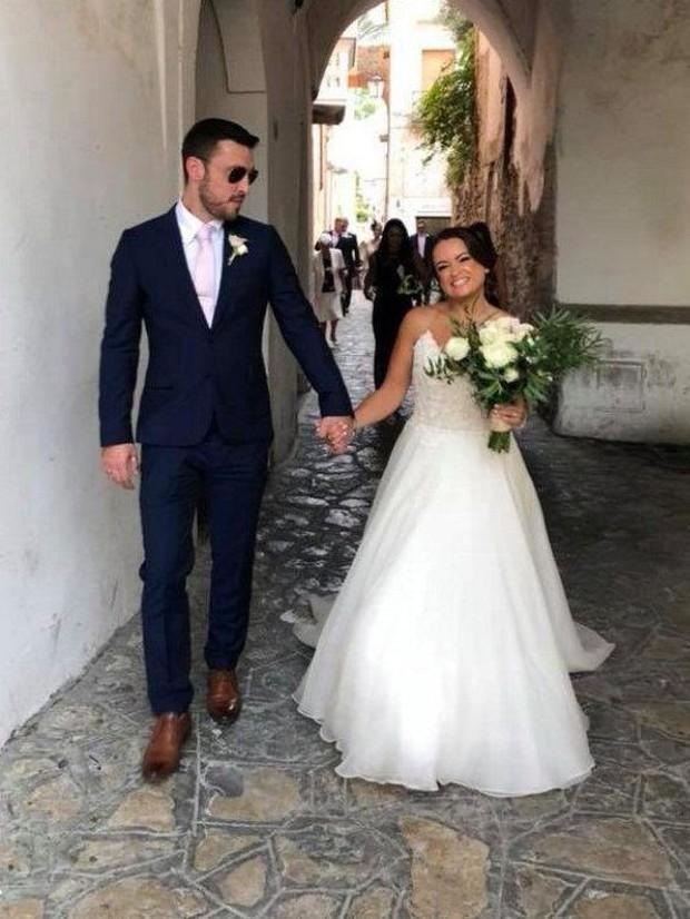 Justin Bieber và Hailey Baldwin bị bắt gặp đứng xem đám cưới người khác trước khi tổ chức hôn lễ của chính mình - Ảnh 2.