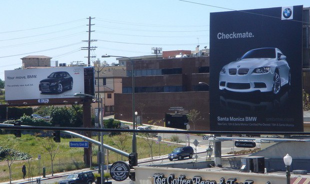 Chiến tranh giữa các vì sao: Khi các thương hiệu lớn dìm hàng nhau không thương tiếc bằng quảng cáo - Ảnh 14.