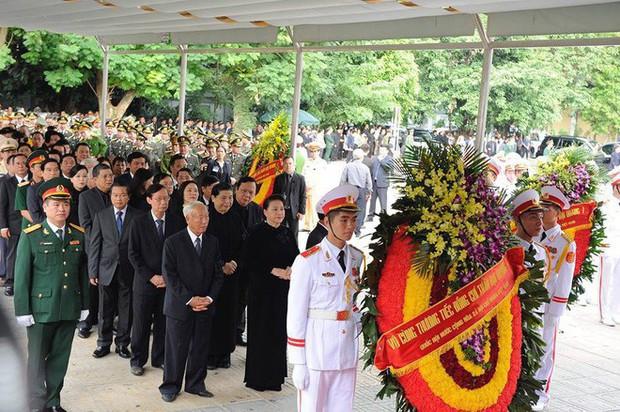 Lễ viếng Chủ tịch nước Trần Đại Quang - Ảnh 13.