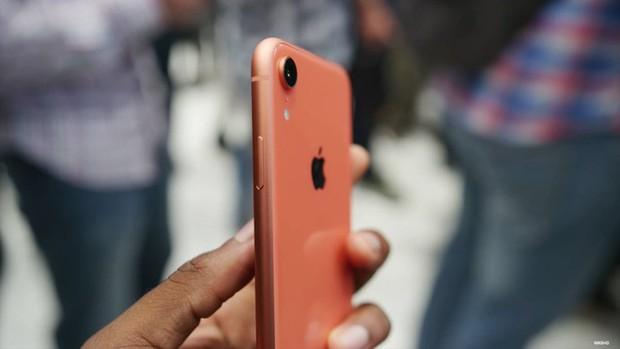 iPhone XR được dự đoán bán chạy hơn cả XS và XS Max - Ảnh 19.