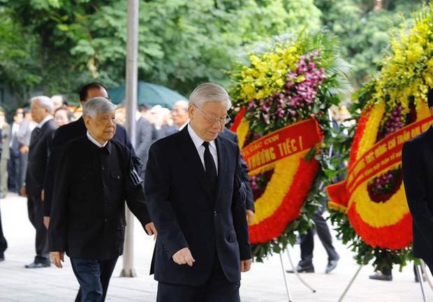 Lễ viếng Chủ tịch nước Trần Đại Quang - Ảnh 4.