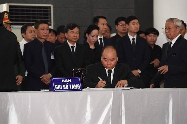 Lễ viếng Chủ tịch nước Trần Đại Quang - Ảnh 44.